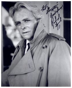 Photo signed at DragonCon 2000